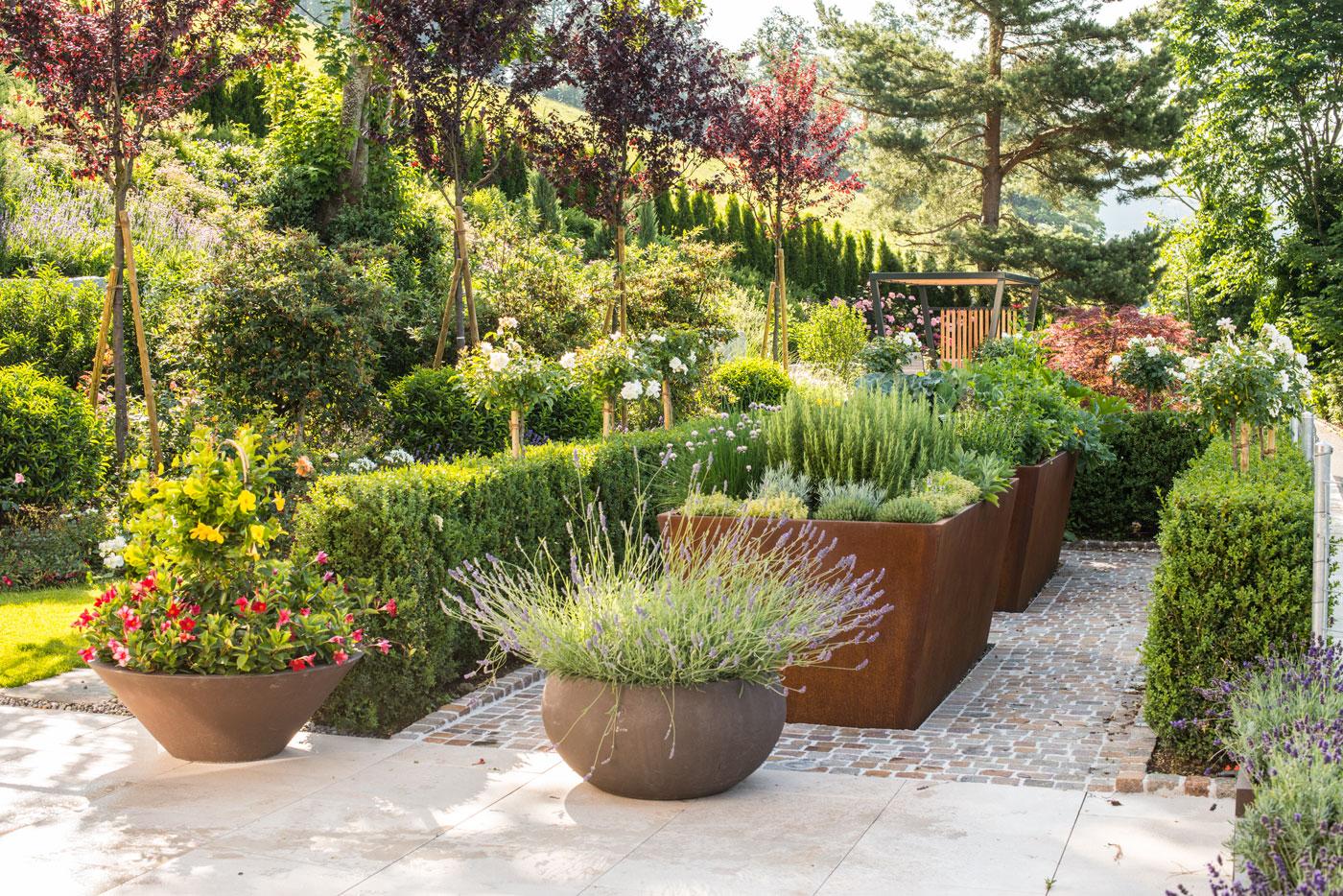Das Garten Hochbeet Als Design Objekt Arnold Gartenbau